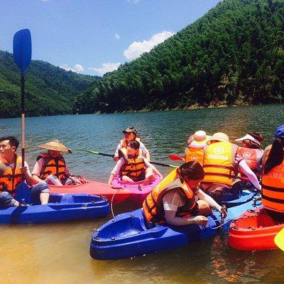 玉龙湖划船