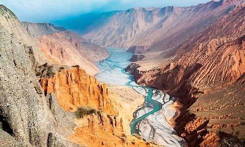 从东疆到西疆,丝路新北道 | 大海道与伊犁河谷的喜相逢 | 走马行疆旅行