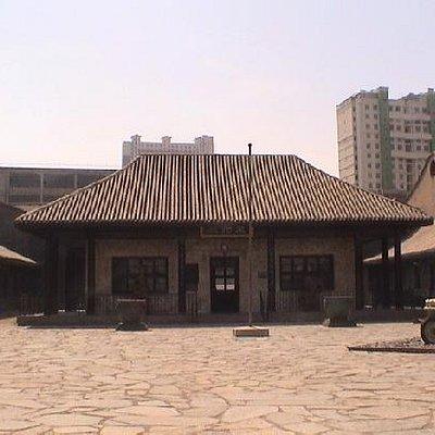 昆仑石砌的大屋