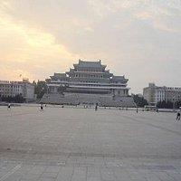 金日成广场