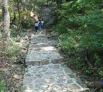 爬山的时候