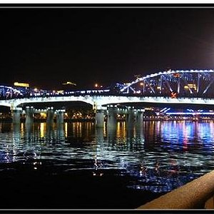 珠江有N条桥,这是其中之一,有些像彩虹