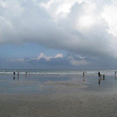 我去的那天是所云的天气,海、天、云非常有美感
