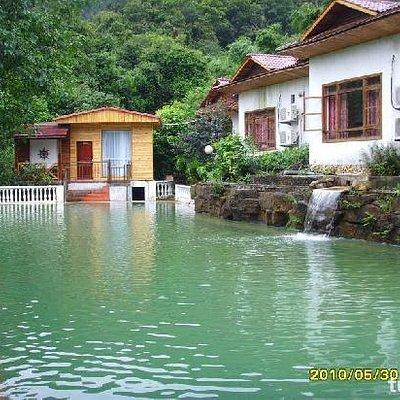 藏龙沟度假村