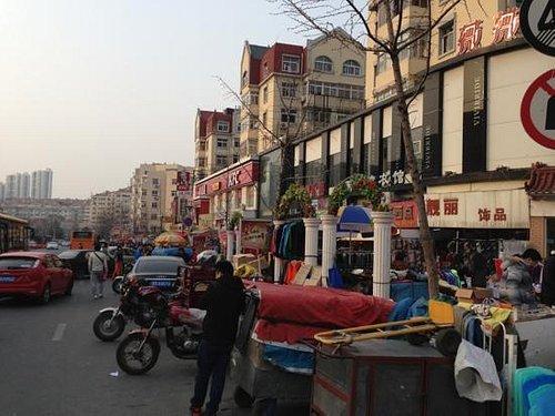 青岛台东商业街夜市