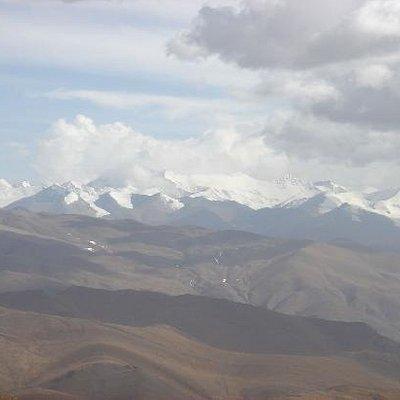 全部超过八千米海拔