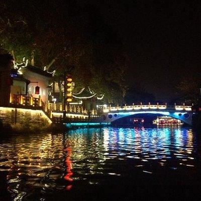 夜色里的秦淮河,还不错