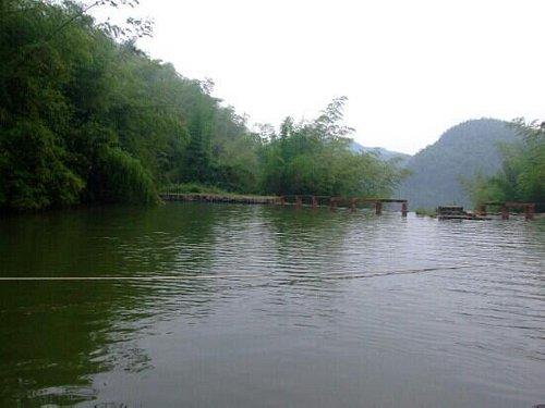 什邡通溪河景区很不错的