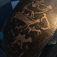 西夏岩画,草原牧歌,名字起得很浪漫吧?第一次在rockart中看到骆驼!狐狸,你能找到吗?