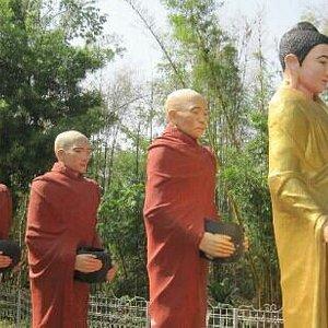 菩提寺里的塑像