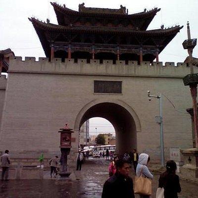 古城的拱海门