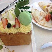 蜜糖方包和薄饼
