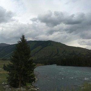 真美丽的湖
