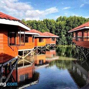 Gayang Friendly Water House Homestay