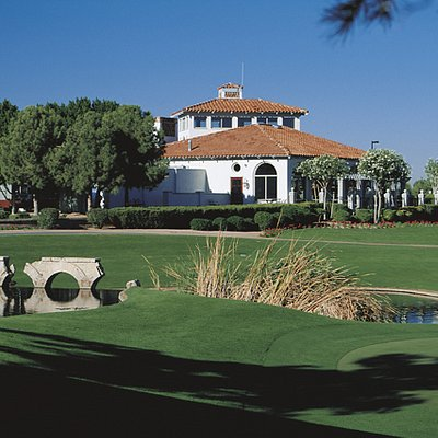 #18 AND CLUBHOUSE