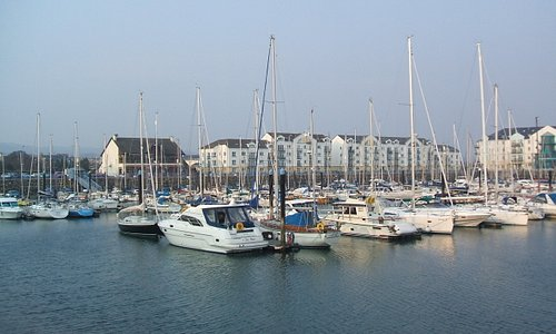 The quayside marina near to the castle
