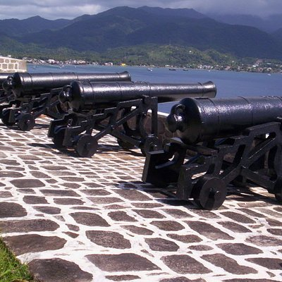 canons located in the cabrits