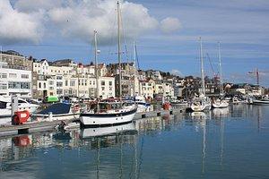 Guernsey: St Peter Port Harbour