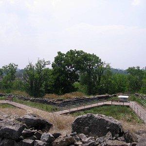 Upper level fort overlook.