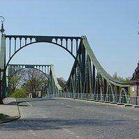 Glienicker Brücke (Glienicke bridge)