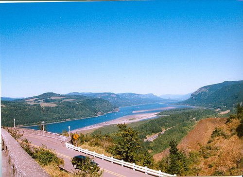 Columbia River Scenic Corridor - view from Crown Point