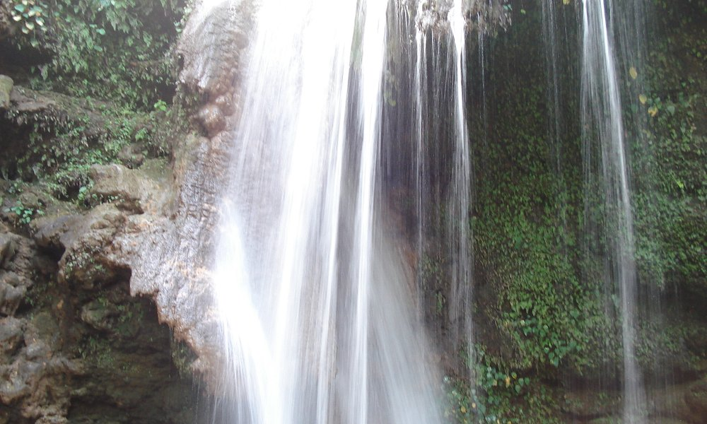 THE MAGNIFICENT CORBETT FALLS