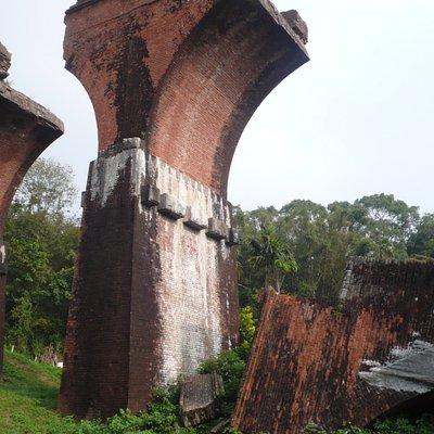 lungsheng fallen bridge