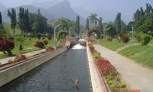 Water channeled from aliyar dam