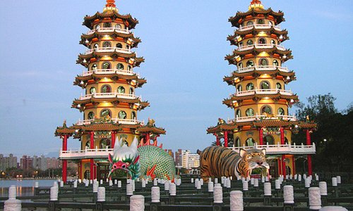Dragon and Tiger Pagodas, Zuoying, Kaohsiung