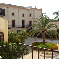 Villa Niscemi - la corte interna