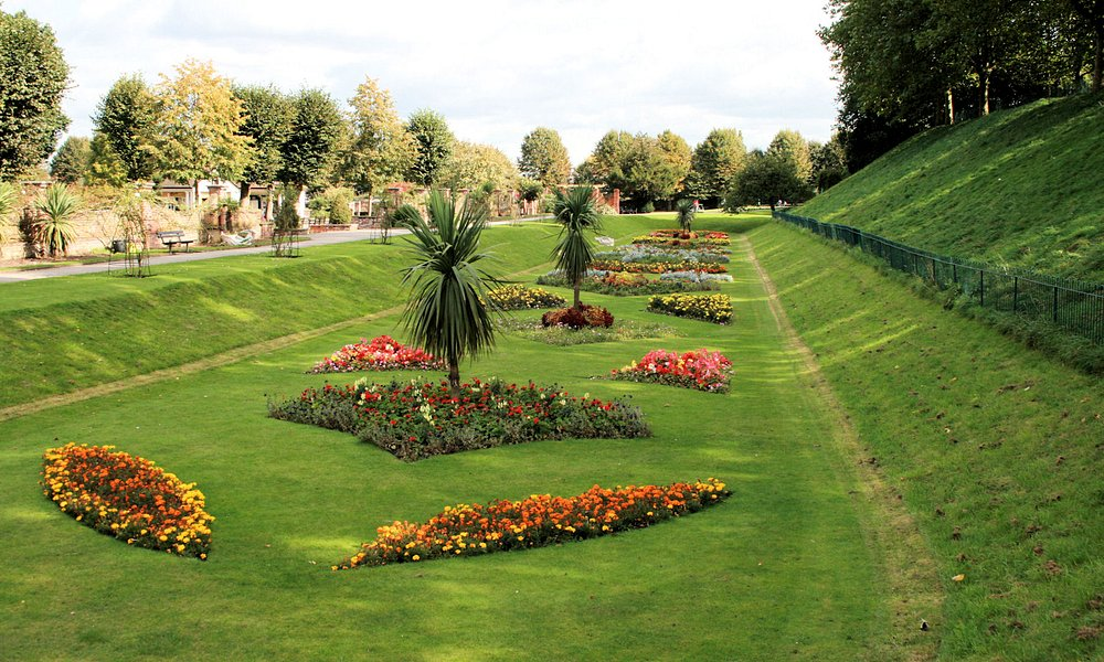 Colchester Castle Gardens