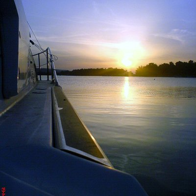 Sun Set at Glarokamnos port