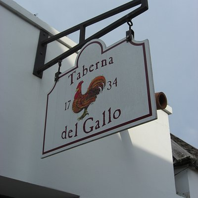 La Taverna - 1740 Pub