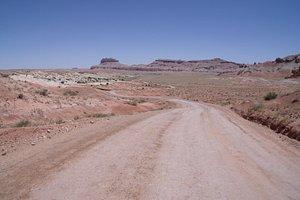Road heading toward Goblin Valley SP