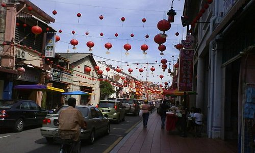 Jonker street by day.