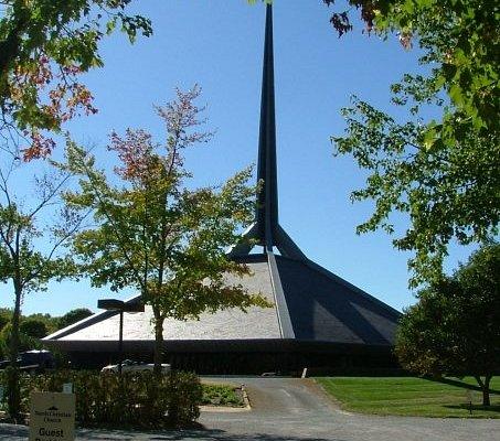 North Christian Church, Columbus, IN Architect: Eero Saarinen