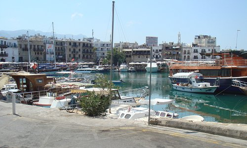 The harbour by day
