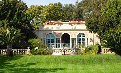 Robinson Gardens Pool Pavilion