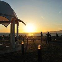 舞洲スポーツアイランド新夕陽ヶ丘から見た夕陽