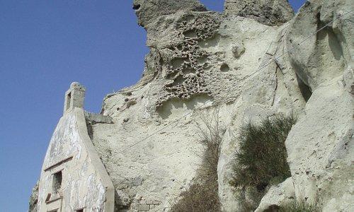 chiesa rupestre sulla cima del monte Epomeo