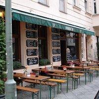 Hirsch Bar
