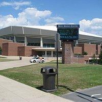 Penn State yliopiston ja Joonaksen koripalloareena Bryce Jordan Center.