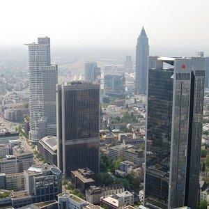 Frankfurt: more skyline