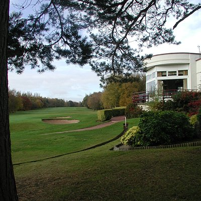 Clubhouse and 18th fairway