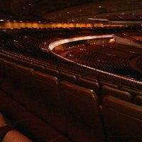 Seats 21,000 human beings, Convention Center