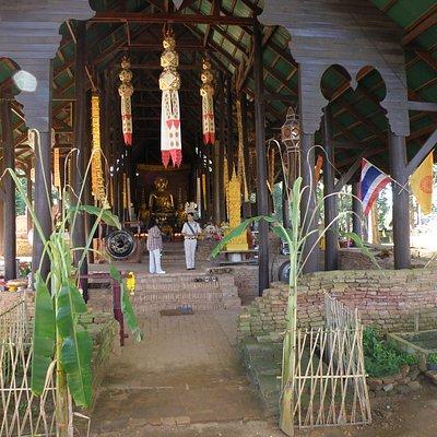 Wat Chedi That Luang