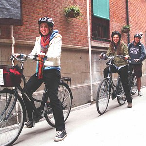 American students on a CCT's day bicycle tour through French Concession, Shanghai