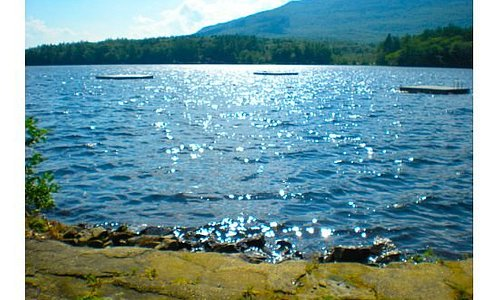 An extremely relaxing view of Mt Monadnock in Jaffrey Center, NH (7/18/09)