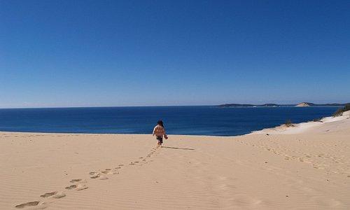 誰もいない砂丘