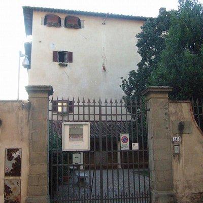 サン・サルヴィ美術館入口
